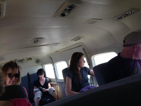 Coco Beach Resort: Airplane from Mainland