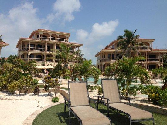 Coco Beach Resort: Villas
