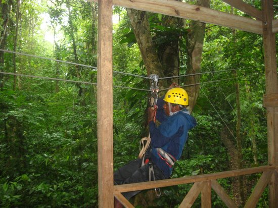 Sky Zipline Canopy Tour at Red Frog Beach : Our Guide