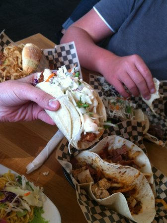 Superfly Martini Bar & Grill: JAWS TACOS