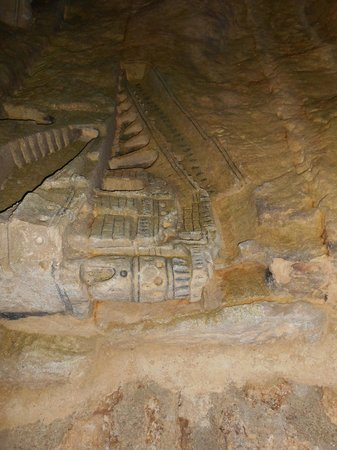 Les Catacombes : Catacomb Carvings