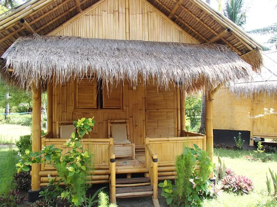 Rinjani Beach Eco Resort: Backpackers Bungalow
