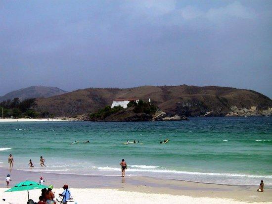 Forte Beach: Vista da Praia Forte com o Forte São Matheus ao fundo