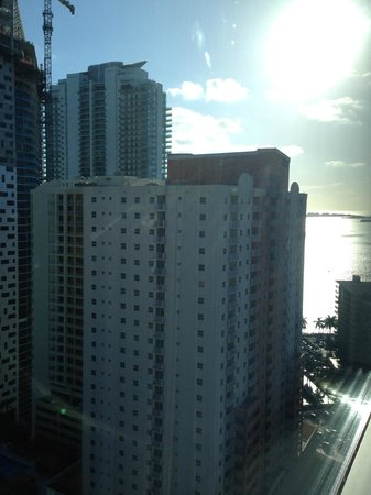 Four Seasons Hotel Miami : view from north side room