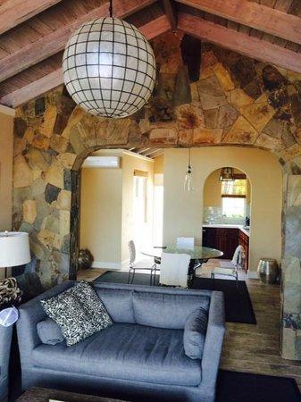 Saba Rock Resort: Living Room