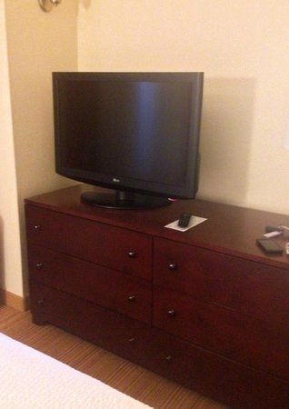Residence Inn Pittsburgh Monroeville/Wilkins Township : TV in bedroom