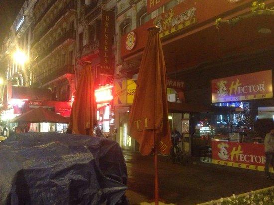 Hotel Metropole : Entrée de l'hôtel