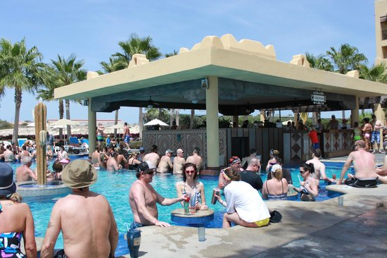 Hotel Riu Santa Fe: Crazy Lower Pool