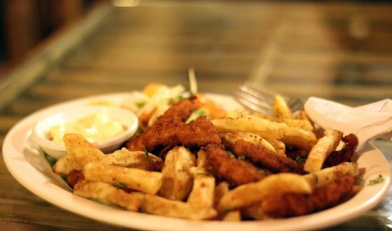 Full Moon Cafe : Fish and chips