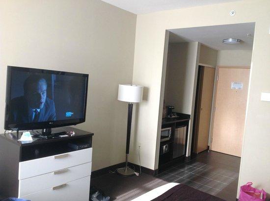 Best Western Premier Miami International Airport Hotel & Suites: television