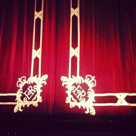 Royal Opera House: As the Curtains closed