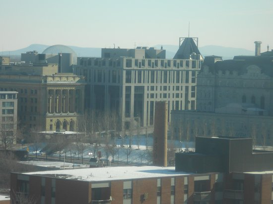 Travelodge Montreal Centre: Vista desde la ventana del piso 9