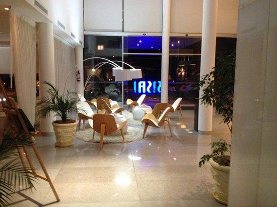 Sisai Hotel Boutique: Piscina externa