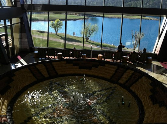 Inn of the Mountain Gods Resort & Casino: The lobby.