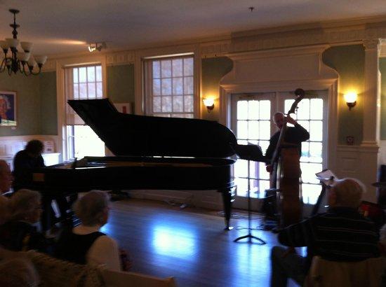 Highfield Hall & Gardens : Jazz concert on the 9-foot piano: Laszlo Gardony Trio