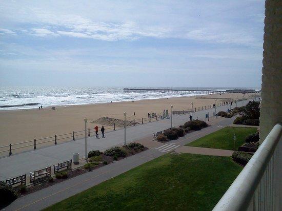 Country Inn & Suites By Carlson, Virginia Beach (Oceanfront) : pier