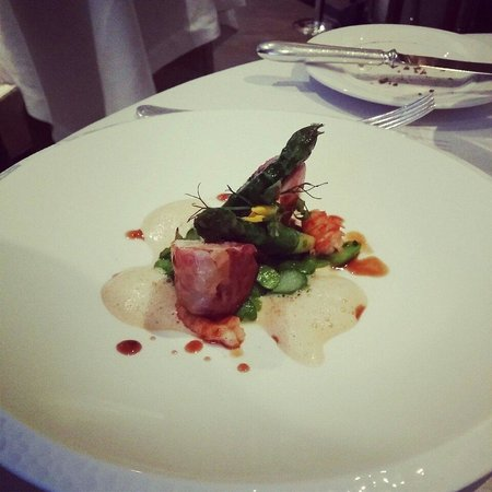 Petrus: Awesome rabbit entree