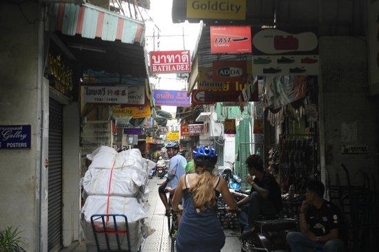 Follow Me Bike Tours : Bangkok