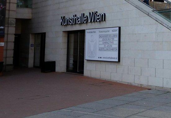 MuseumsQuartier Wien: Kunsthalle Wien at Museum Quarter