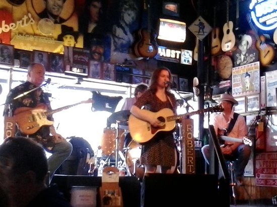 Robert's Western World: Rachel Hester and the Tennessee Walkers