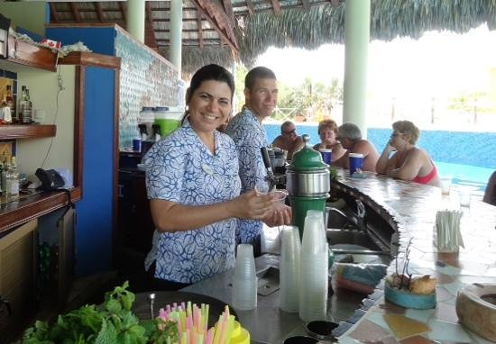 Royalton Hicacos Varadero Resort & Spa: the best bar staff.