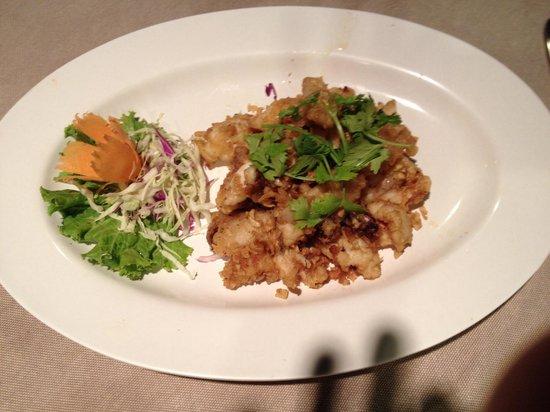 Baan Laimai Beach Resort: Fried whole squid