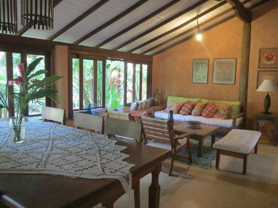 Casa Natureza Brasil: Sala de estar