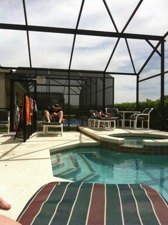 Terra Verde Resort: Lounging Pool Side