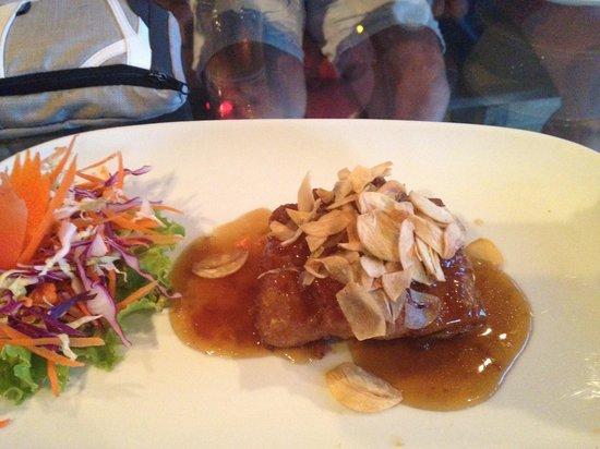 Buddha View Restaurant: Baraccuda fillet with garlic and pepper