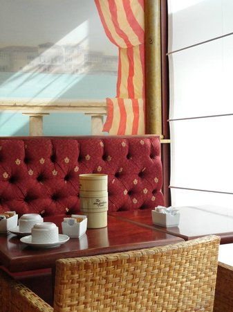 Hotel Tritone : Desayunador