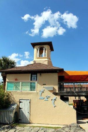Fiesta Falls Miniature Golf: Entrance Building