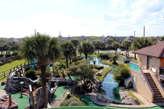 Fiesta Falls Miniature Golf: View from Gazebo looking down on course.