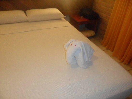 Salinas Maragogi All Inclusive Resort: Todo dia um enfeite diferente na cama!