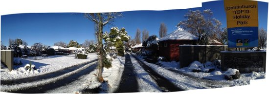 Christchurch TOP 10 Holiday Park : Unusual snowfall