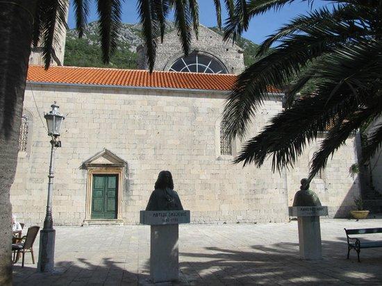 St. Nikola Church: perast