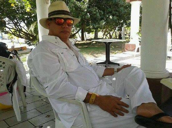Hotel Las Olas Beach Resort: En el area de la piscina