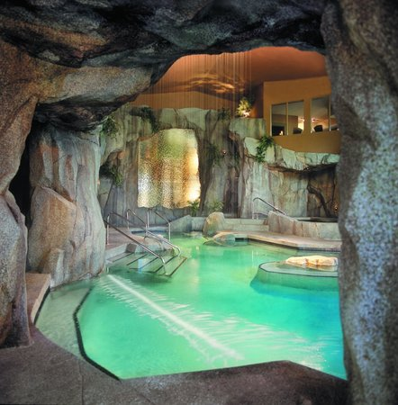 ‪Grotto Spa at Tigh-Na-Mara‬