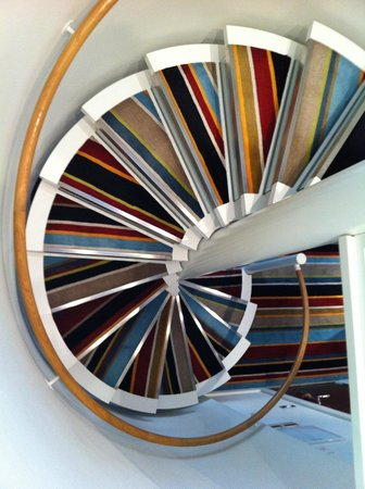 Hotel DeBrett: Funky staircase, from bedroom to lounge