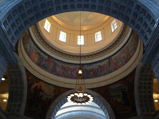 Utah State Capitol: Wall paintings