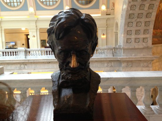 Utah State Capitol: Its all about the nose