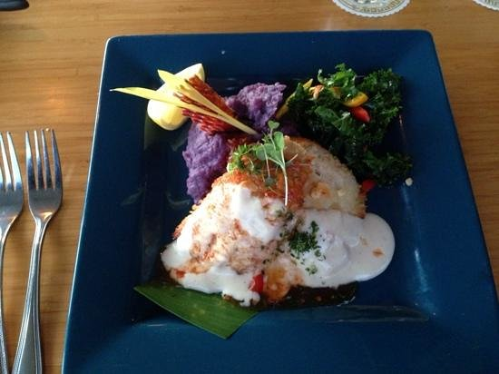 Lahaina Fish Co: Mac Nut Crusted MahiMahi with purple potato puree. yummy!!!