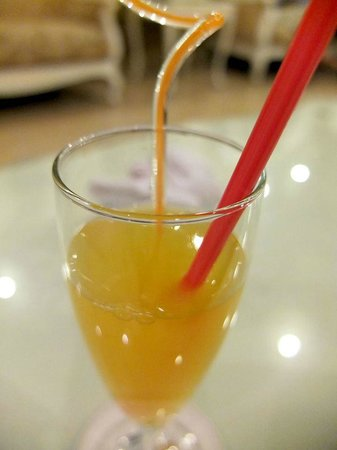 Hanoi Meracus Hotel 1: Welcome drink