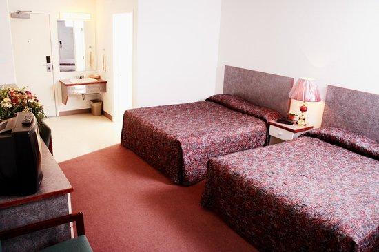 Country Club Inn: Double Room