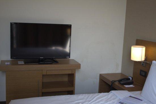 Hyatt Place Hampi: TV