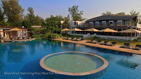 Twin Lotus Resort & Spa : Swimming Pool