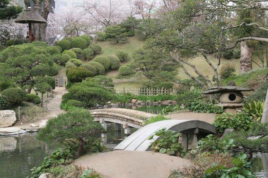 Shukkei-en Garden - Picture of Shukkei-en Garden ...