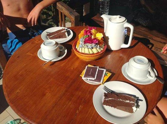 Kebun Indah: Complimentary afternoon tea