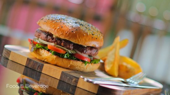De Naga Hotel : Food