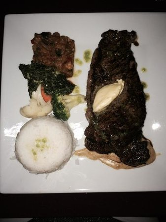 Shirvan Watermill Restaurant: perfectly cooked steak