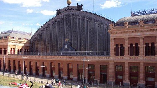 Estación de Atocha: La entrada de Atocha